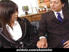 Sekretär lits satomi maeno puhub kukk tsenseerimata